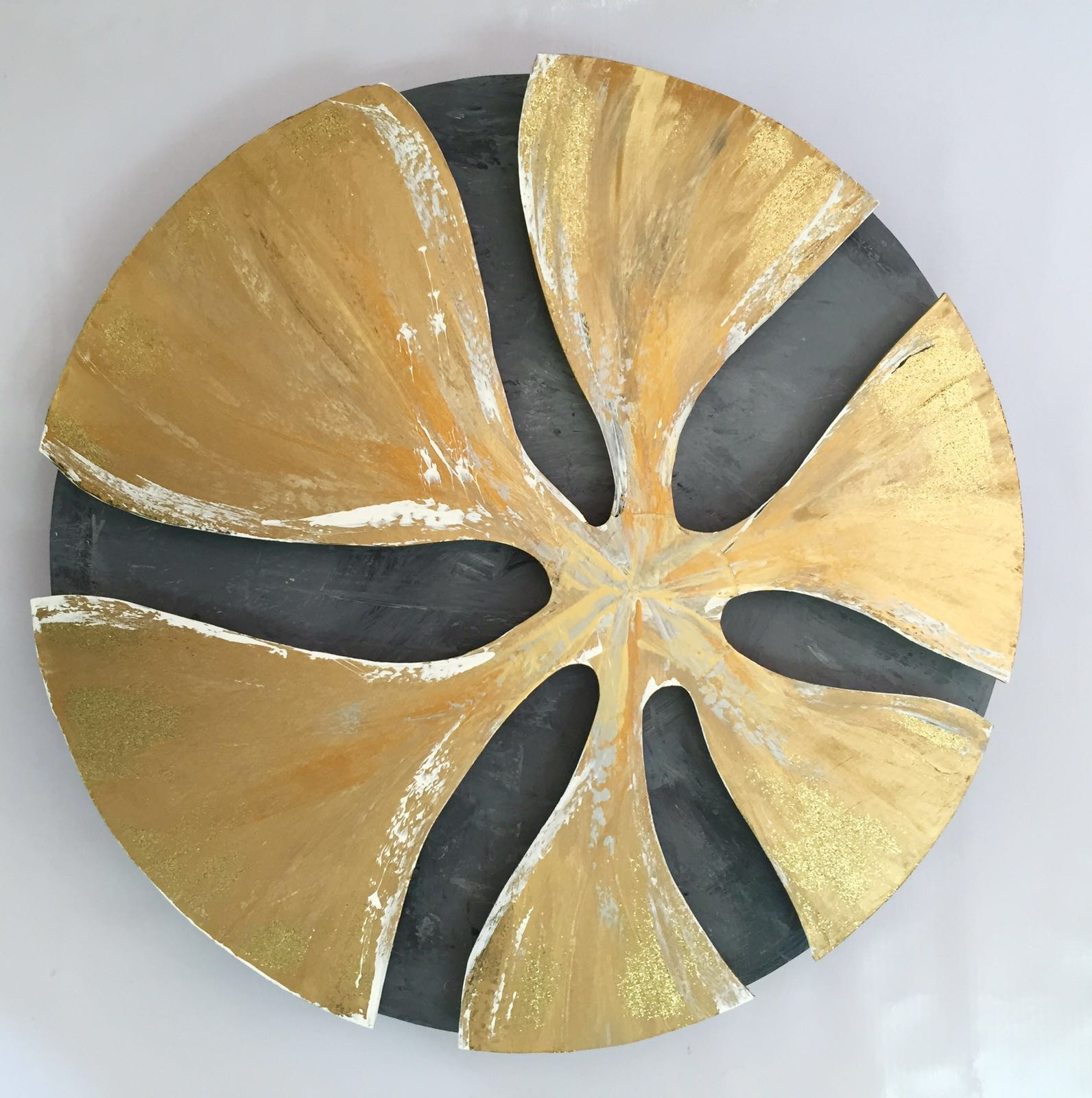 Attractive Circle Wall Decor Adornment - Wall Art Collections ...